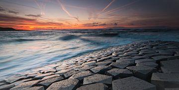 Waves von Nico Zwanenburg