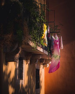 Laundry day Girona van Sandra Hazes