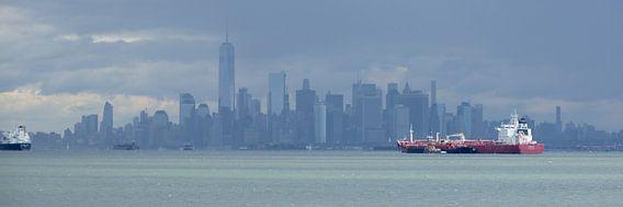 Manhattan Skyline in New York gezien vanaf Staten Island, panorama van Merijn van der Vliet