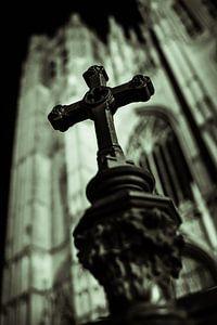Crucifix van Erik Jansen