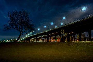 Rheinbrücke Düssldorf 1 von Johnny Flash
