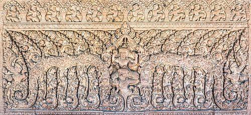 Beeldhouwwerk in de tempel in Cambodja