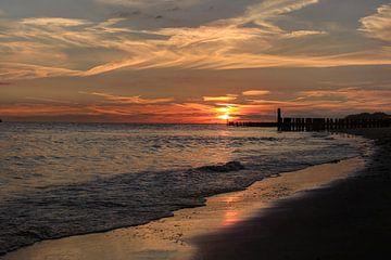 Sonnenuntergang Strand Zoutelande von MSP Canvas