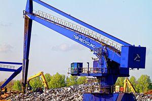 Kranen op het sloopeiland in de haven van Duisburg (7-25382)