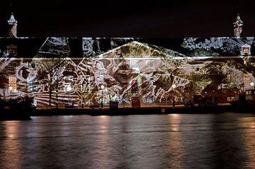 Hermitage met reflectie vallende bladeren van Remco Swiers