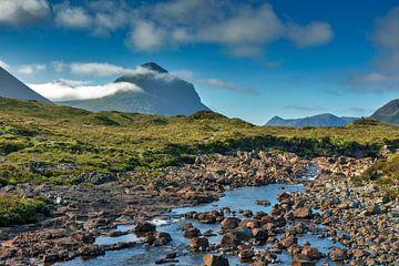 Rivierlandschap bij Sligachan, het eiland Skye, isle of Skye van Jürgen Wiesler