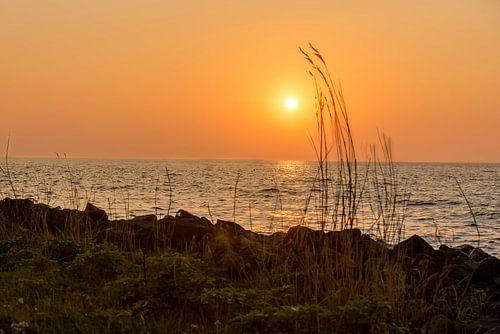 Zon's ondergang boven Ketelmeer