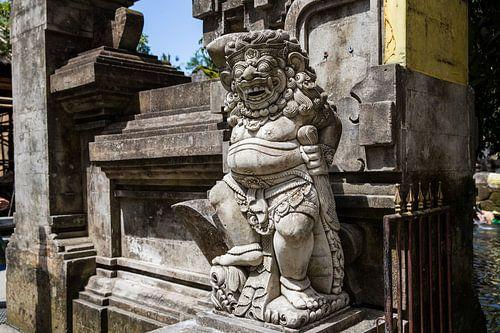 Standbeeld tempel Bali