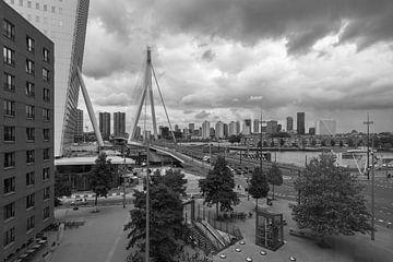 Het uitzicht op het Wilhelminaplein in Rotterdam van MS Fotografie | Marc van der Stelt