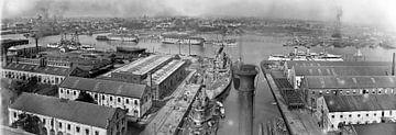 Scheepswerf met marineschepen uit Amerika in Norfolk van Atelier Liesjes