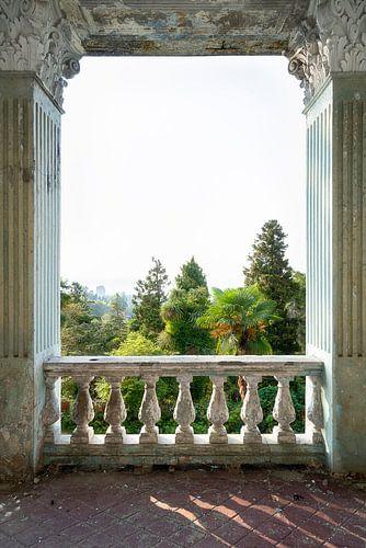 Balkon van een Verlaten Paleis. van