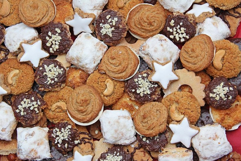 assortment of handmade wholemeal cookies van Susanne Bauernfeind