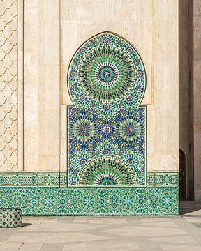 Nahaufnahme der Hassan-II-Moschee in Casablanca, Marokko. von Liset Verberne