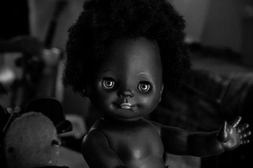 Black Doll ( Black'n white ) van Dennis Timmer