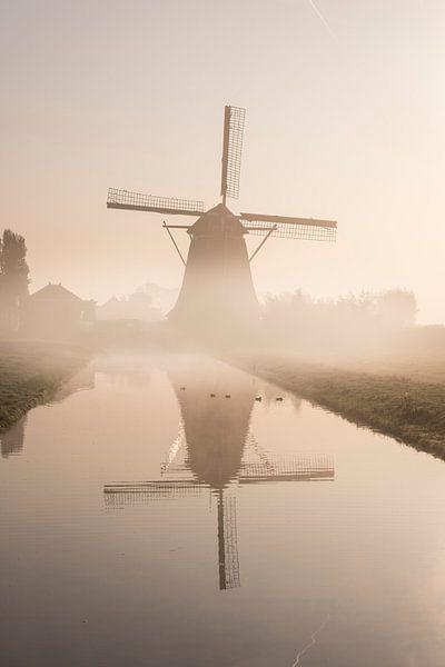 Molen in de Mist. van Jacqueline de Groot