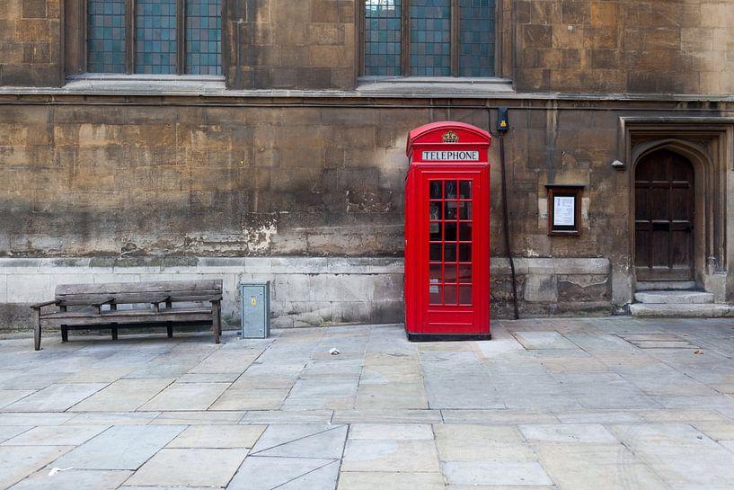 Telefoon cell in Londen van Roy Poots