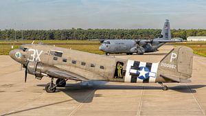 Market Garden oud en nieuw: C-47 Douglas Skytrain/Dakota & C-130J Hercules van