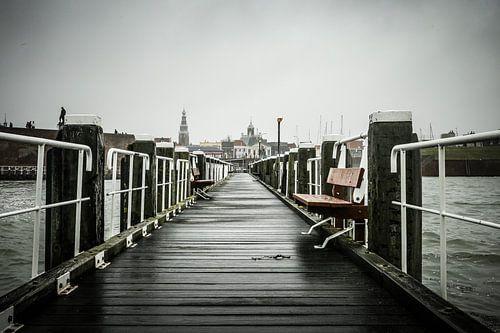 Stadsgezicht Vlissingen vanaf pier van