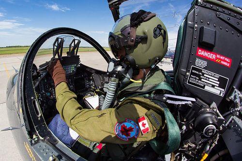 Canadese Luchtmacht CT-155 Hawk piloot