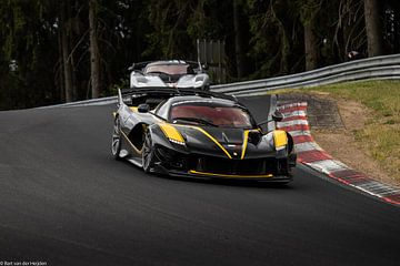 Ferrari FXXK Evo #44 en #4 van Bart van der Heijden