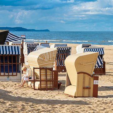 Strandkörbe am Strand der Ostsee von Heiko Kueverling