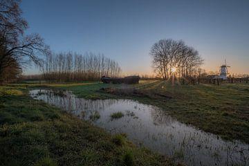 Magnifique lever de soleil au moulin à vent De Vlinder sur Moetwil en van Dijk - Fotografie