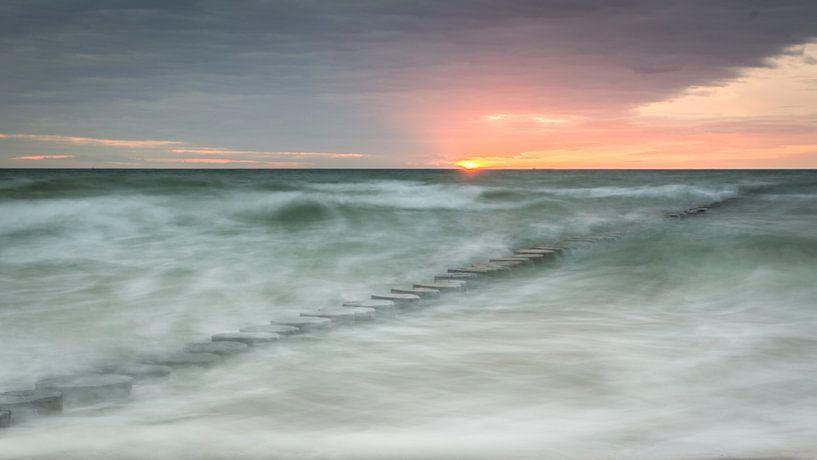 Sonnenuntergang am Meer von Tobias Luxberg