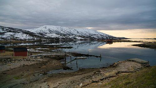 Zonsopkomst over de fjorden
