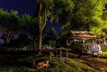 Kamperen onder de sterren in een Canadese camper von Stephan Neven
