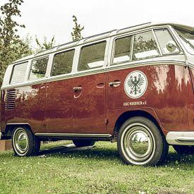 Volkswagen Transporter T2 (T1-generatie) retro vintage bestelwagen van Sjoerd van der Wal