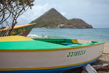 Levera Beach (Grenada) - op de achtergrond Sugar Loaf Island van t.ART