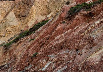 Bergklippen an der portugiesischen Küste von Bert Bouwmeester