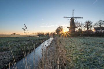 Molen Buren bij zonsopkomst von Moetwil en van Dijk - Fotografie
