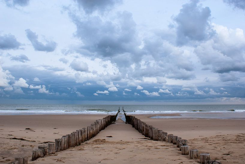 Strandpalen in Domburg van Jacqueline Lodder