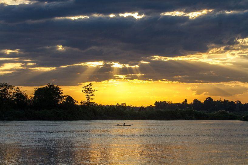 Sonnenuntergang am Mekong von Levent Weber