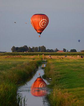 Überfliegender Ballon von Jitske Van der gaast