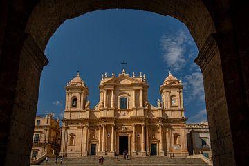 Noto stad in sicilie van Eric van Nieuwland