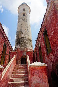 Oude vuurtoren op Klein Curacao van
