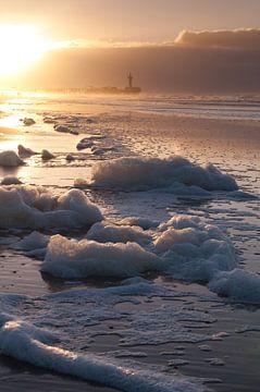 Scheveningen by dawn - 2 von Damien Franscoise