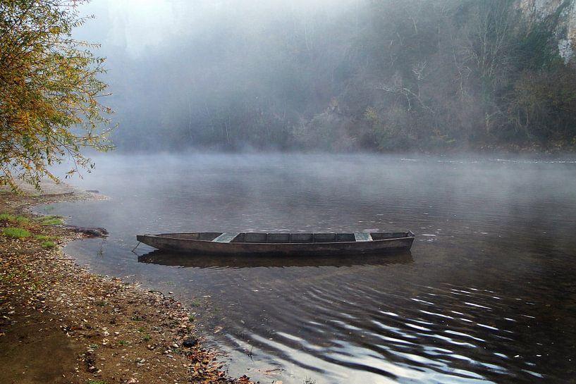 La Dordogne in de mist van Marcel Tiemens