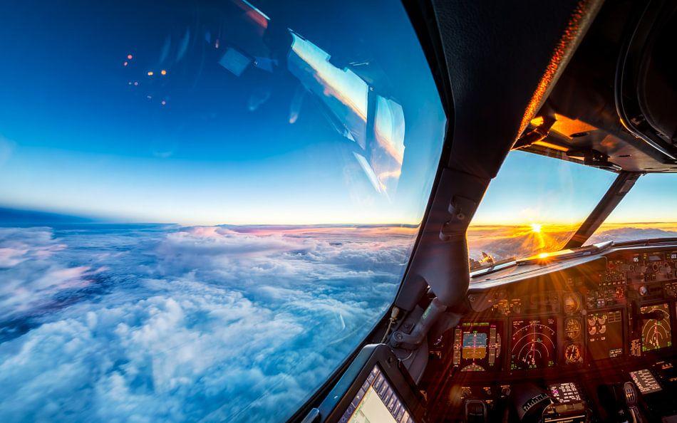 Sonnenuntergang auf einer Höhe von 11 km von Martijn Kort