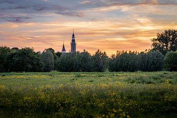 Sint- Baafskerk Aardenburg bij zonsondergang van Jurgen Buijsse