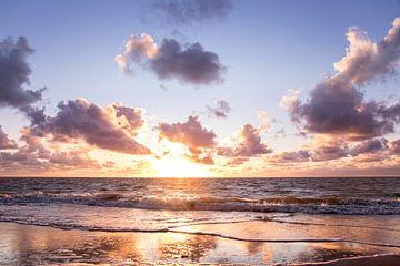 Sanfter Sonnenuntergang auf Schiermonnikoog von Karijn | Fine art Natuur en Reis Fotografie