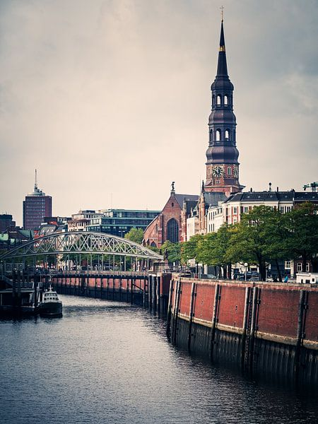 Hamburg – St. Catherine's Church van Alexander Voss