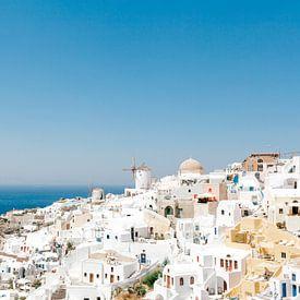 Oia, Santorini, Griekenland van Laura de Roeck