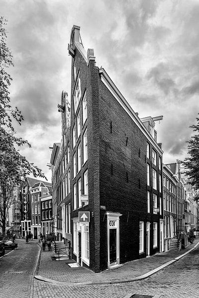 Prinsengracht hoek Bloemgracht in Amsterdam. van Don Fonzarelli