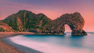 Coucher de soleil à Durdle Door, Jurassic Coast, Dorset, Angleterre. sur