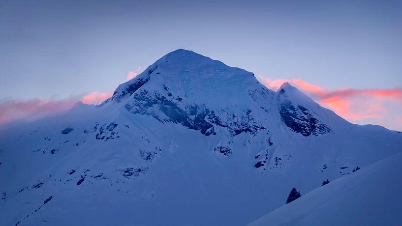 Alpenglow van Martijn van der Nat