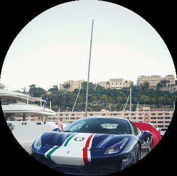 Ferrrari 488 Pista Piloti in de haven van Monaco van joost prins
