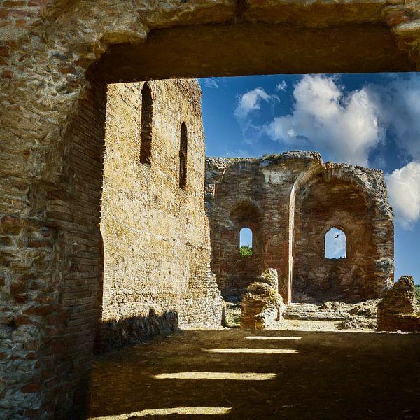 De ruïnes van Calabrië Italië van Dick Jeukens